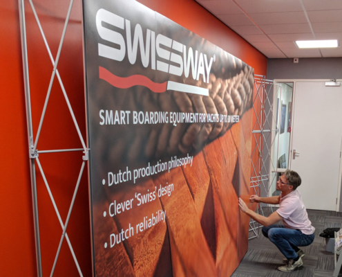 Swissway build up instruction of our new presentation